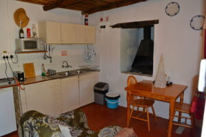 Kitchen Bluegum Cottage