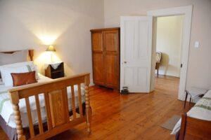 Manor House bedroom 3